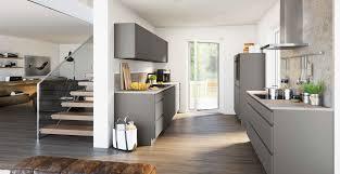 klassische 2 zeilenküche mit granitstein marquardt küchen