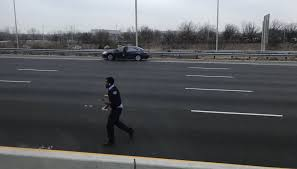 100 Armored Truck Driver Jobs If You Picked Up Money Off Route 3 Give It Back To Brinks Police