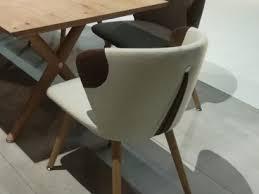 voglauer v alpin stuhl segp22 relaunch polsterstuhl mit absetzung an der rückelehne für wohnzimmer oder esszimmer bezug in stoff oder leder wählbar