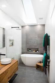 Tiling A Bathroom Floor On Concrete by Best 25 Ensuite Bathrooms Ideas On Pinterest Small Bathrooms