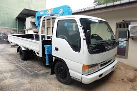 Isuzu Boom Truck Crane