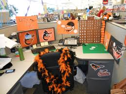 Halloween Cubicle Decorating Contest Ideas by Office Decoration Ideas 2541 Decor Work Decorating Holiday Cubicle