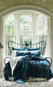 Blue Velvet King Headboard by Best 25 Velvet Bed Frame Ideas On Pinterest Quilted Headboard