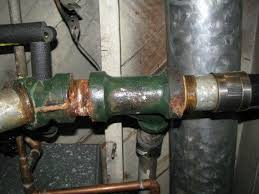 Unclogging Kitchen Sink Pipes by Clear A Clogged Kitchen Sink With These Easy To Follow Plumbing Tips