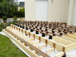 plot reglable pour terrasse bois plots de terrasse réglables spax espace bois 42