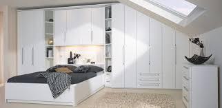 Schlafzimmer In Dachschrã Schlafzimmer Unter Der Dachschrage Caseconrad