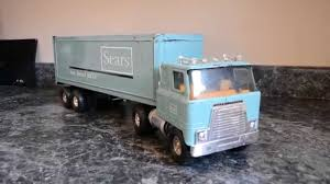 VINTAGE ERTL INTERNATIONAL SEARS TOY TRUCK - YouTube