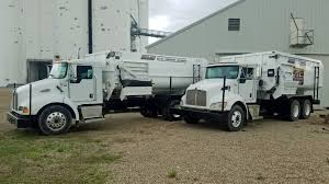 100 Feed Truck Two Rotomix S Post Equipment