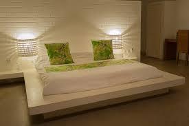 lit de chambre chambre côté lodge hôtel coucoué lodge assinie
