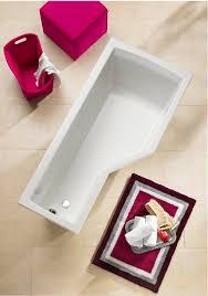 diese eckige badewanne schafft selbst im kleinsten