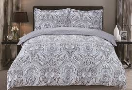 Tips to Keep Your Cracker Barrel Quilts Clean