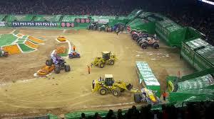 Monster Jam 2017 - Race Between 2 Trucks - Houston, 21-Oct-2017 ... Watch A Monster Truck Hero Save Stranded Neighbor In Floodravaged Jam Truck Tour Comes To Los Angeles This Winter And Spring Axs Abc13 Houston On Twitter Were Little Jealous Morning Of Team Scream The Rod Ryan Show Represent Texas Strong Image Ovboredhoumonsterjam20172jpg Trucks Jan 5 2008 Freest Flickr Tx February 18 2017 Nrg Stadium Tickets Livestock Rodeo October 20 Show Houston Coupons Best Secured Loans Deals Hits The Dirt At Petco Park Weekend Times San Tx 21