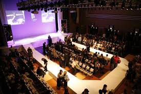 Venue Atmosphere I Like The U Shaped Runway Stage This Would