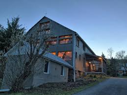 Converted Barn With Vintage Charm And A Mod... - VRBO Property Of The Week A New York Barn Cversion With Twist Lloyds Barns Ridge Barn Ref Rggl In Kenley Near Shrewsbury Award Wning Google Search Cversions Turned Into Homes Converted To House Tinderbooztcom Design For Sale Crustpizza Decor Minimalist Natural Of The Metal Black Tavern Dudley Ma A Reason Why You Shouldnt Demolish Your Old Just Yet Living Room Exposed Beams Field Place This 13m Converted Garrison Ny Hails From Horse And