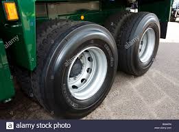 100 Goodyear Truck Tires Dunlop Next Tread Retreaded Utility Truck Tyres In Use