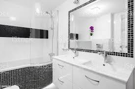 luxusbadezimmer mit mosaikfliesen stockfoto und mehr bilder architektur