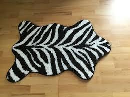 badematte badteppich grund schwarz weiss gestreift neu tiger