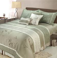 Bed Comforter Set by Bedroom Ideas For Green Bedding Comforter Sets Bedroom Decor Ideas