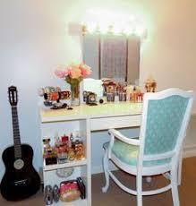Diy Vanity Table Ikea by Glam Diy Lighted Vanity Mirrors Lighted Vanity Mirror Diy