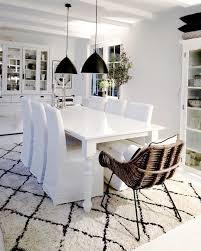 white elegance weißes interior schwarze deko akzente und