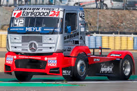 100 Racing Trucks Race Pictures High Resolution Semi Truck