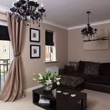 Living Room Ideas Brown Leather Sofa by How To Decorate Around Choc Brown Leather Sofas For The Home