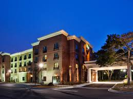 Harborside Grill And Patio by Holiday Inn Express U0026 Suites Mt Pleasant Charleston Hotel By Ihg