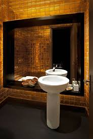 Beautiful Colors For Bathroom Walls by 25 Luxury Gold Master Bathroom Ideas Pictures Decorextra