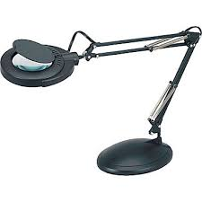 magnifiers magnifying glass with light staples