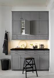 les cuisine ikea façon atelier d antan avec les façades bobbyn gris metod ikea