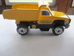 Tonka Dump Truck (2000s): 4 Listings