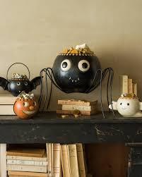 Halloween Mantel Scarf by Spooky And Elegant Halloween Decor My Uncommon Slice Of Suburbia