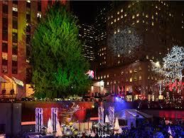 Rockefeller Christmas Tree Lighting 2018 by Rockefeller Christmas Tree Arrives In Nyc This Weekend
