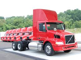100 North American Trucking Charting Its Green Course Volvo Trucks Reveals Upcoming LNG Engine