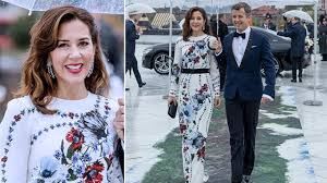 princess mary looks chic with blue and red floral dress at banquet