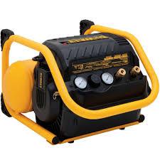 DEWALT 2 5 Gal Portable Electric Heavy Duty 200 PSI Quiet Trim