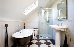 salle de bains sous combles simple amnagement duune salle