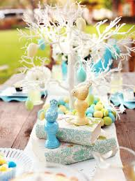 Kitchen Table Centerpiece Ideas by 15 Easter Table Decorations And Settings Hgtv