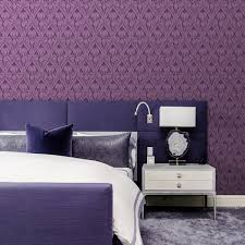 lila blumentapete göttliche iris grafische vlies tapete auch für schlafzimmer