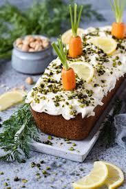 rüblikuchen carrotcake mit cheese frosting cookie