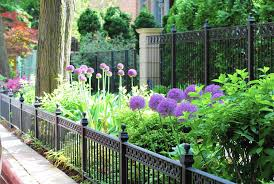 How to make over your parkway garden Chicago Tribune