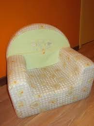 siege en mousse pour bébé défi couture une housse pour fauteuil mousse d enfant le