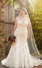 Vintage Plus Size Wedding Dresses Pearl Beaded Gown
