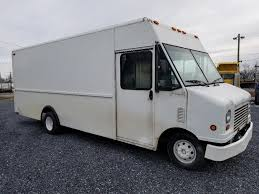 100 2005 Ford Trucks FORD E450 FOR SALE 9100