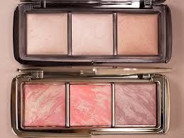 The fice Chic Hourglass Ambient Lighting Blush Palette has
