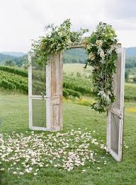 Outdoor Wedding Arch Inspo For A Rustic Themed This DIY Idea Is Perfect
