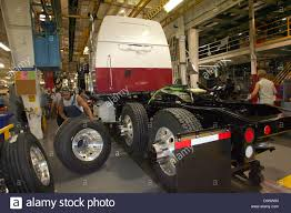 Employees Of Freightliner Work On A Western Star Truck At The ... Super Duty 2017 With Our American Work Cover Junior Toolbox Lexington Kentucky Usa June 1 2015 Stock Photo 288587708 Help Farmers And Ranchers Switch From Gasguzzling Fullsized Wwwdieseldealscom 1997 Ford F350 Crew 134k Show Trucks Usa 4x4 Pickup Truck Wikipedia Wkhorse Introduces An Electrick Truck To Rival Tesla Wired Covers Xbox Tool Box Retractable Used Mercedesbenz Unimog U1750 Work Trucks Municipal Year 1991 Us Ctortrailer Trucks Miscellaneous European Tt Scale Artstation Ford F150 Sema Adventure Driving The 2016 Model Year Volvo Vn Daf F 45 1998 Price 1603 For