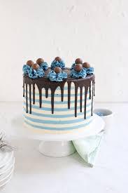 torten trend streifentorte striped drip cake mit buttercreme