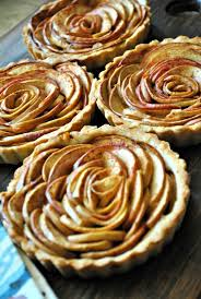 Hello Paper Moon Rosette Apple Pie Tartlets