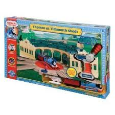 Tidmouth Shed Deluxe Set by Thomas U0026 Friends Trackmaster R C Thomas At Tidmouth Sheds By